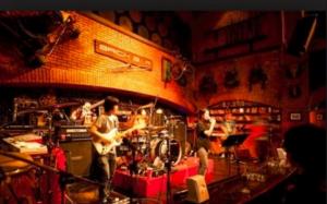 brick-bar-bangkok
